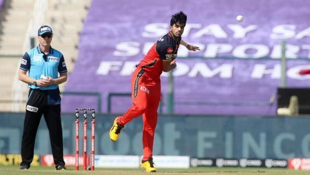 IPL 2020: Off-spinner Washington Sundar has a terrific release point, reckons Snehal Pradhan.(IPL/Twitter)