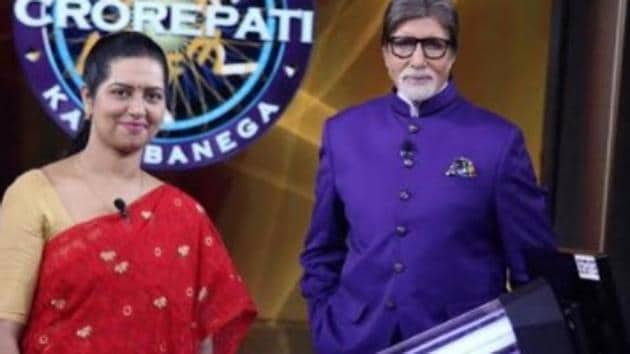KBC 12: West Bengal's Runa Saha is the first contestant to make it to the hot seat without playing fastest fingers first.