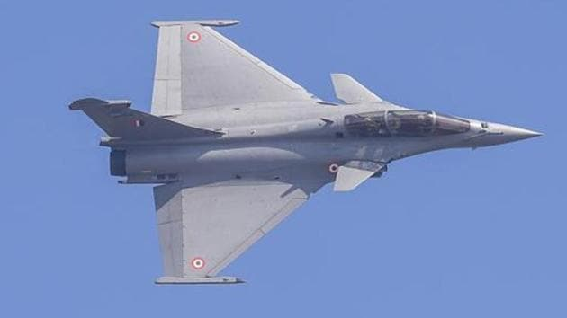 The Rafale fighters—the first imported jets to be inducted into the IAF in 23 years after the Russian Sukhoi-30 jets entered service in June 1997—have significantly enhanced the offensive capabilities of the IAF.(PTI file photo)