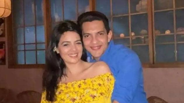 Aditya Narayan and Shweta Agarwal met on the sets of Shaapit.
