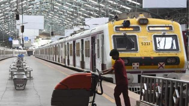 At present, a total of 666 mail and express trains are running while all regular trains have been suspended indefinitely in view of the pandemic.(HT Photo)