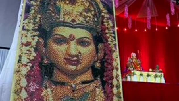 For Navratri and Durga Puja this year, every state government has placed strict guidelines to make sure social distancing is maintained.(ANI/Twitter)
