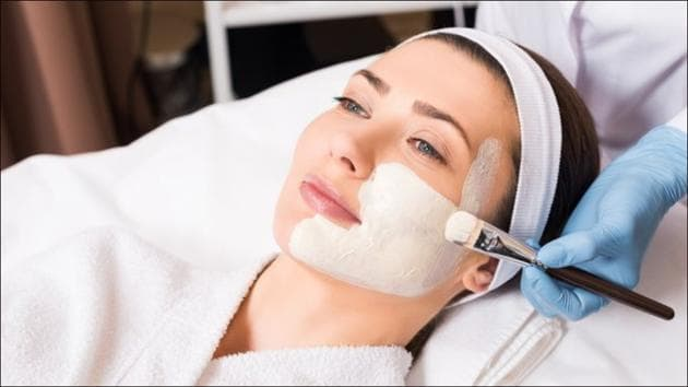 Essential skincare products to have a supple and glowing skin that needs no makeup(Twitter/jbellaskin)