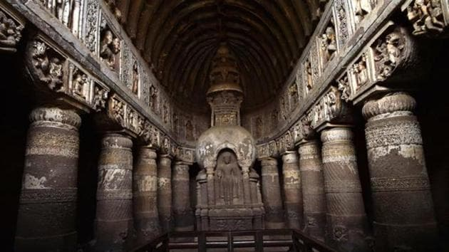 The Ajanta Caves, a Unesco world heritage site, is located 5km northeast of Aurangabad in Maharashtra.(HT file photo)