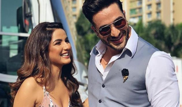 Aly Goni and Jasmin Bhasin are rumoured to be in a relationship.