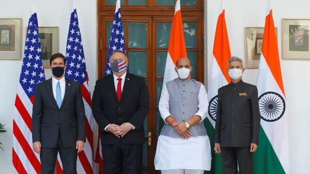 US Secretary of State Mike Pompeo, US Secretary of Defense Mark Esper pose for a picture with India's Foreign Minister Subrahmanyam Jaishankar and India's Defence Minister Rajnath Singh.(Reuters)