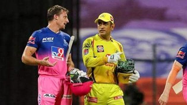 Chennai Super Kings captain MS Dhoni and Rajasthan Royals player Jos Buttler after a match during the Indian Premier League 2020, at Sheikh Zayed Stadium, in Abu Dhabi.(PTI)