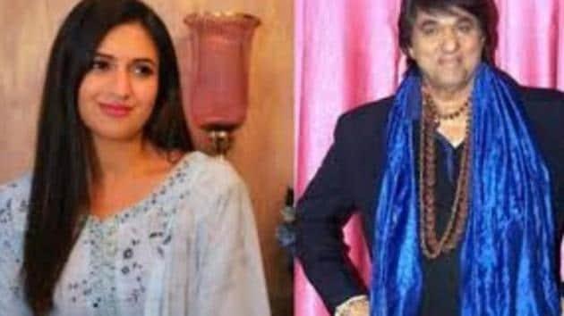 Divyanka Tripathi has criticised Mukesh Khanna's controversial statement.