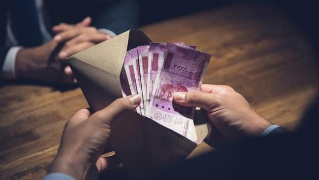 On Thursday, the rupee gained 40 paise to end at 74.36 against the US dollar.(Getty Images/iStockphoto (Representative Image))