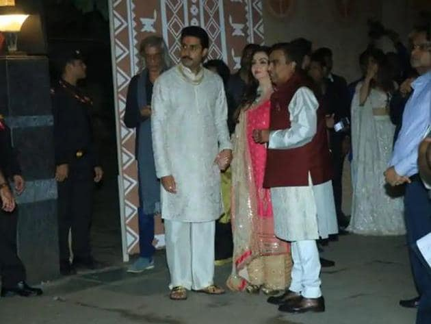 Abhishek Bachchan with Mukesh and Nita Ambani at his family's Diwali bash last year.(Varinder Chawla)
