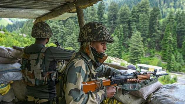 The exchange of fire between the two sides continued till 5.10 am, they said, adding the Pakistani firing caused panic among the border residents who were forced to spend the night in underground bunkers.(PTI file photo. Representative image)