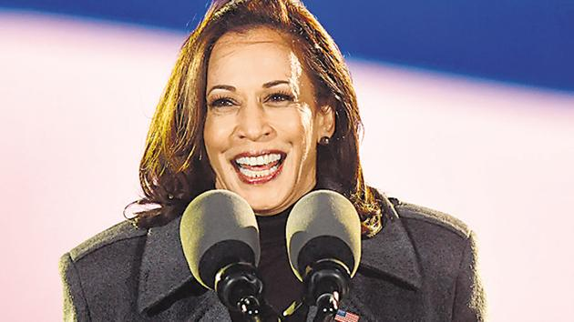 Democratic vice presidential nominee Sen. Kamala Harris (D-CA) addresses supporters at a drive-in election eve rally on November 2, 2020 in Philadelphia, Pennsylvania.(AFP)