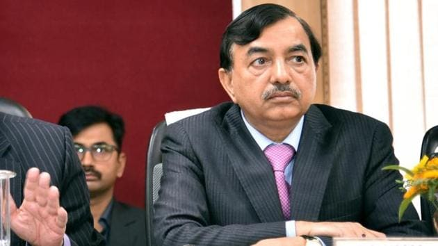 Election Commissioner Sushil Chandra addressing a press conference in Lucknow on Friday. (ANI Photo)