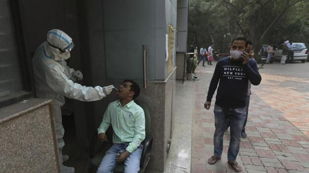 For several days, Delhi has been recording a rise in the number of coronavirus recorded in a span of 24 hours and is witnessing a third wave of the outbreak.(AP Photo)