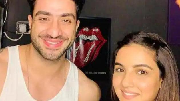 Bigg Boss 14 promo: Aly Goni entered the show recently to support Jasmin bHASIN.