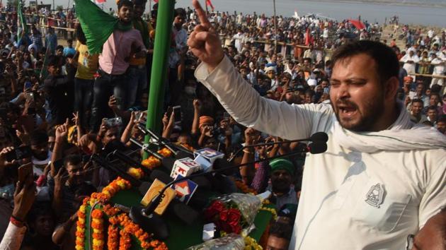 RJD leader Tejashwi Yadav addresses the gathering during an election rally at Digha in Patna, Bihar, India, on Sunday, Nov 01, 2020.(Photo: Santosh Kumar/ Hindustan Times)