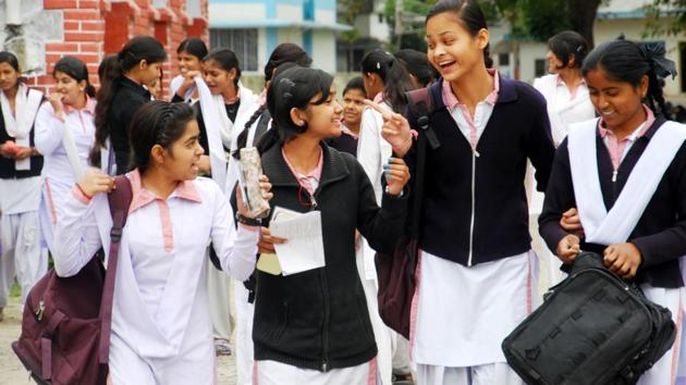 The minister said it was not compulsory for students to attend schools physically now and the online mode of education will continue as per the guidelines issued by the Union government(HT Photo)