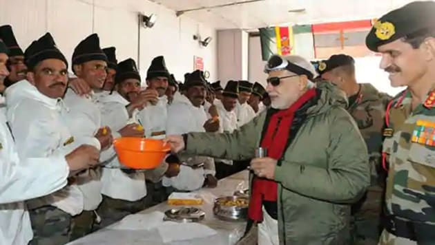 Prime Minister Narendra Modi with Indian soldiers in Siachen in 2015 on Diwali.(FILE PHOTO)
