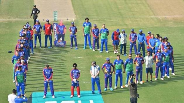 Players of both franchises got together and stood in a 'D' to pay homage to Dean Jones(Twitter)