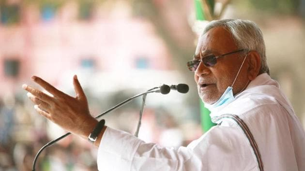 Even though RJD's Tejashwi Yadav emerged as a big player, Nitish Kumar was able to neutralise this by retaining the women vote(SANTOSH KUMAR/HTPHOTO)