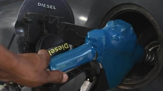 Sale of diesel, the most used fuel in the country, was, however, 7 per cent higher month-on-month.(Vipin Kumar/HT PHOTO)