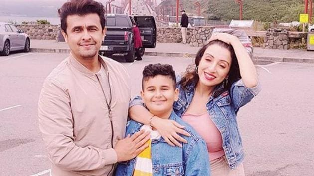 Sonu Nigam with his wife and son.