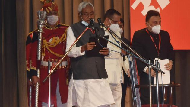 Bihar chief minister Nitish Kumar 's cabinet has recommended holding a 5 day long inaugural session of Bihar Vidhan Sabha in November.(HT Photo)