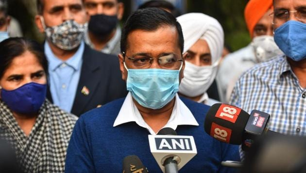Arvind Kejriwal, chief minister of Delhi has asked his party's volunteers, MPs and MLAs to go in public places and distribute masks. (Photo by Sanchit Khanna/ Hindustan Times)