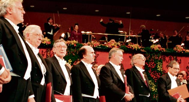 Amartya Sen (extreme right) with other Nobel Prize winners at the prize ceremony in the concert hall in Stockholm on December 10, 1998.(REUTERS)