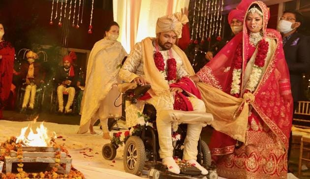Rahul Singh Diwakar and his bride getting married in Chandigarh on Monday.(HT Photo)
