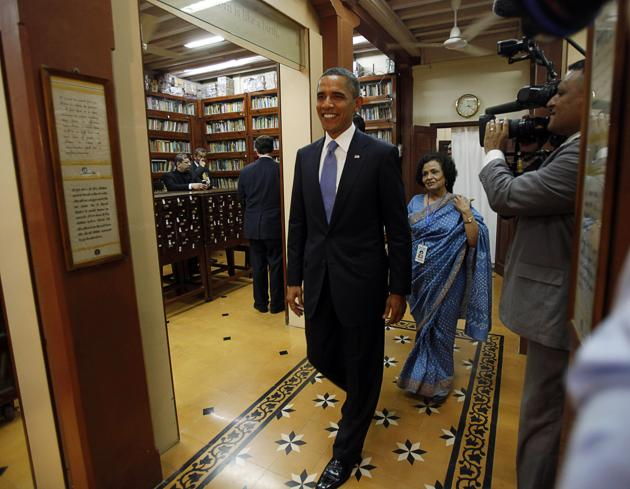 US President Barack Obama touring the Mani Bhavan Gandhi Museum in Mumbai on November 6, 2010.(Jason Reed/REUTERS)