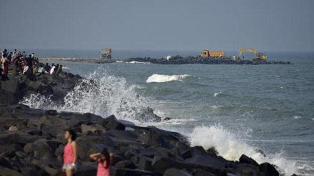 The Promenade Beach in Puducherry is seen in this file photo. Cyclone Nivar is expected to cross the coasts of Tamil Nadu and the Union territory and make landfall on Wednesday evening as a severe cyclonic storm.(Arijit Sen/HT Photo)