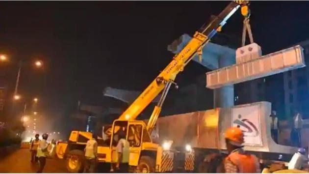 Metro-7 work underway at Andheri.(HT FILE)