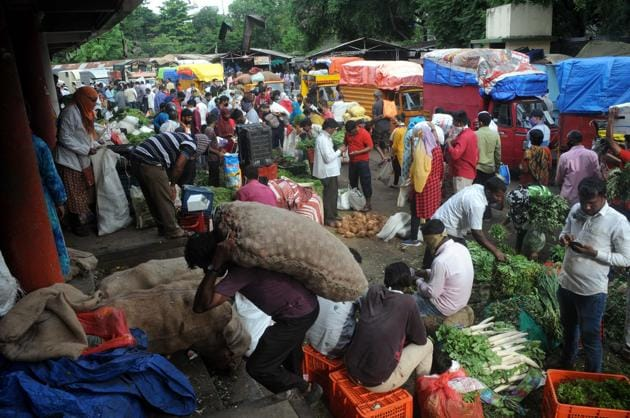 The retail market price for essentials had seen a steep rise during the past week with citizens complaining of unaffordability(HT PHOTO)