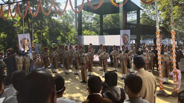 Tarun Gogoi was cremated at the Nabagraha crematorium in the presence of thousands of the late leader's supporters, dignitaries and party workers with a 21 gun-salute.(Sourced: Ripun Bora, president, Assam Congress)
