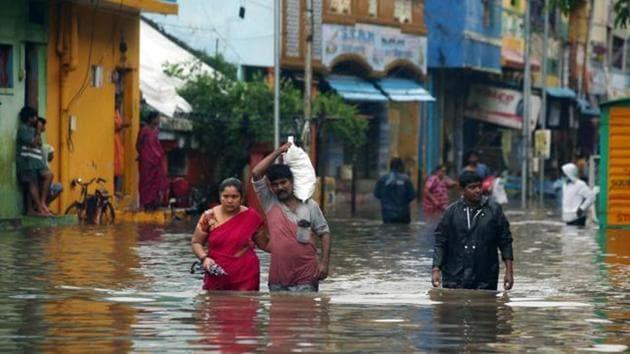 Heavy rains lead to waterlogging in Chennai as Cyclone Nivar crossed the Tamil Nadu and Puducherry coasts.(ANI Photo)