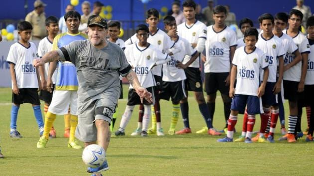 Argentine Socer legend Diego Maradona during a football workshop in private school in North 24 Parganas dist , India on december 12, 2017.(Samir Jana/Hindustan Times)