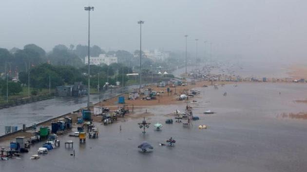 A deserted Marina beach is seen during rains before Cyclone Nivar's landfall, in Chennai.(REUTERS)