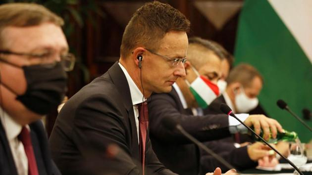 Hungarian Foreign minister Peter Szijjarto said talks were also underway on how the Russian vaccine could be potentially produced in Hungary.(Reuters)