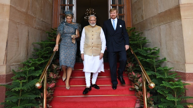 King Willem-Alexander and Queen Maxima of the Netherlands in their first official state visit to India along with Indian Prime Minister Narendra Modi.(Twitter/@narendramodi)