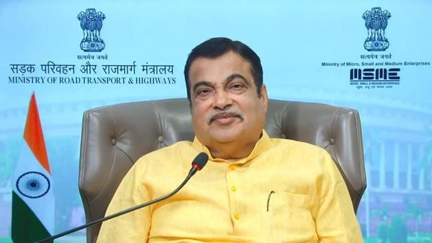 """Nitin Gadkari also said there was no need to give """"artificial push"""" to popularise electric vehicles (EVs) because they inherently had advantages to catch the imagination of the people as they were environment-friendly and significantly cost-efficient.(HT Photo)"""