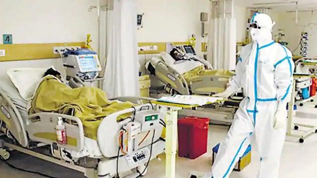 Covid-19 patients in the Intensive Care Unit (ICU) of a Delhi hospital.(Representative Photo/Reuters)