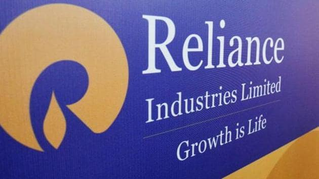 RIL's market valuation tumbled by Rs 60,829.21 crore to Rs 12,23,416.97 crore.(REUTERS)