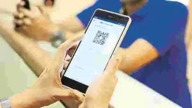In order to create a cashless society, on March 21, 2020, the government mandated the issuance of invoices with dynamic QR code.(Mint)