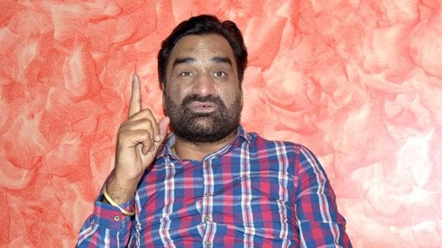 Rashtriya Loktantrik Party (RLP) founder and MLA Hanuman Beniwal has asked the Centre to withdraw the farm laws