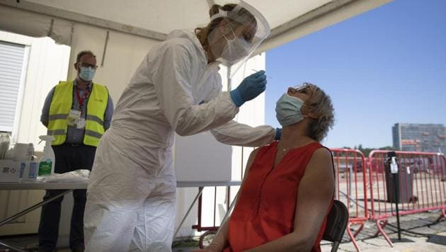 With nothing on their agendas for months to come, organizers of music festivals in Belgium want to use their know-how to help the coronavirus vaccination campaign. The Belgian government has set up the goal to vaccine about 70 percent of the country's population, the equivalent of eight million people, when efficient COVID-19 shots become available.(AP)