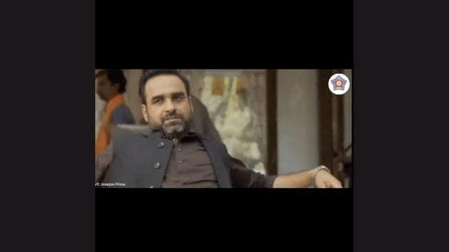 The image shows actor Pankaj Tripathi, as the fictional character Akhandanand Tripathi.(Instagram/@mumbaipolice)