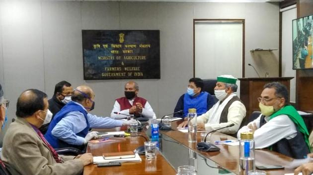 Union Agriculure Minister Narendra Singh Tomar and Railway Minister Piyush Goyal in a meeting with Bharatiya Kisan Union leaders on farmers' issues in New Delhi on Tuesday,.(PTI)