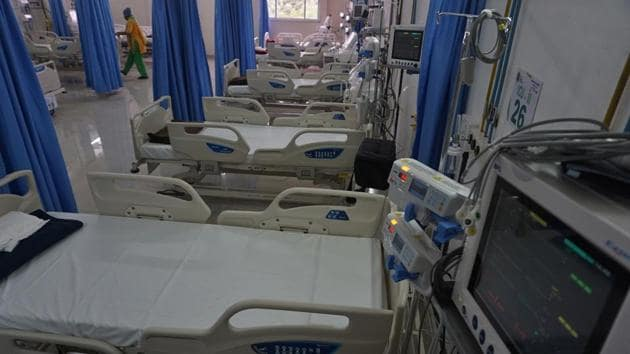 The study says that the average length of stay, in number of days, on a ventilator in Pune district is about 7.5 days; as against 5.5 days for the state and 6.9 days for the country.(HT PHOTO (FOR REPRESENTATIONAL PURPOSE ONLY))
