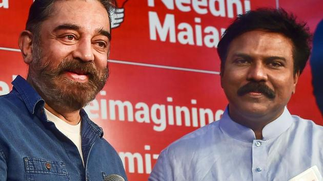 Actor-turned-politician and Makkal Needhi Maiam (MNM) chief Kamal Haasan addresses media after former IAS officer Santosh Babu joins his party, in Chennai, on Dec 1, 2020.(PTI)